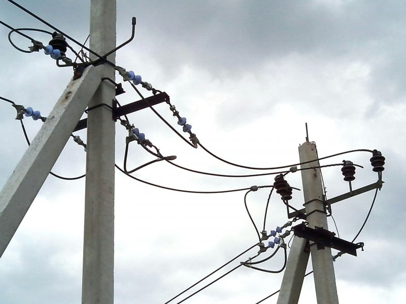 установка электрического столба